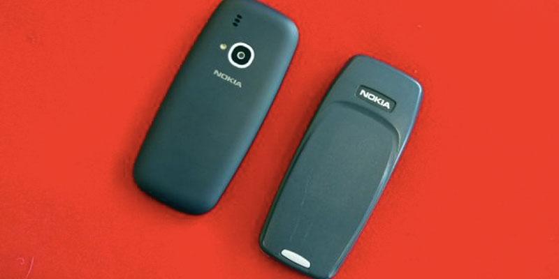 nokia 3310 baru dan lama 4