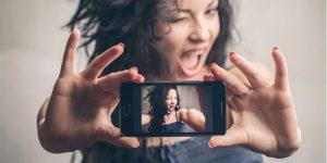selfieeee 300x150
