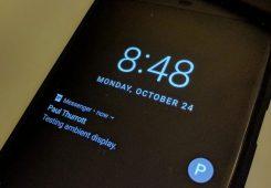 cara mengaktifkan ambient display di android 245x170