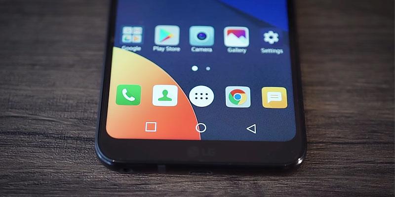 Review LG Q6: G6 yang Dikebiri
