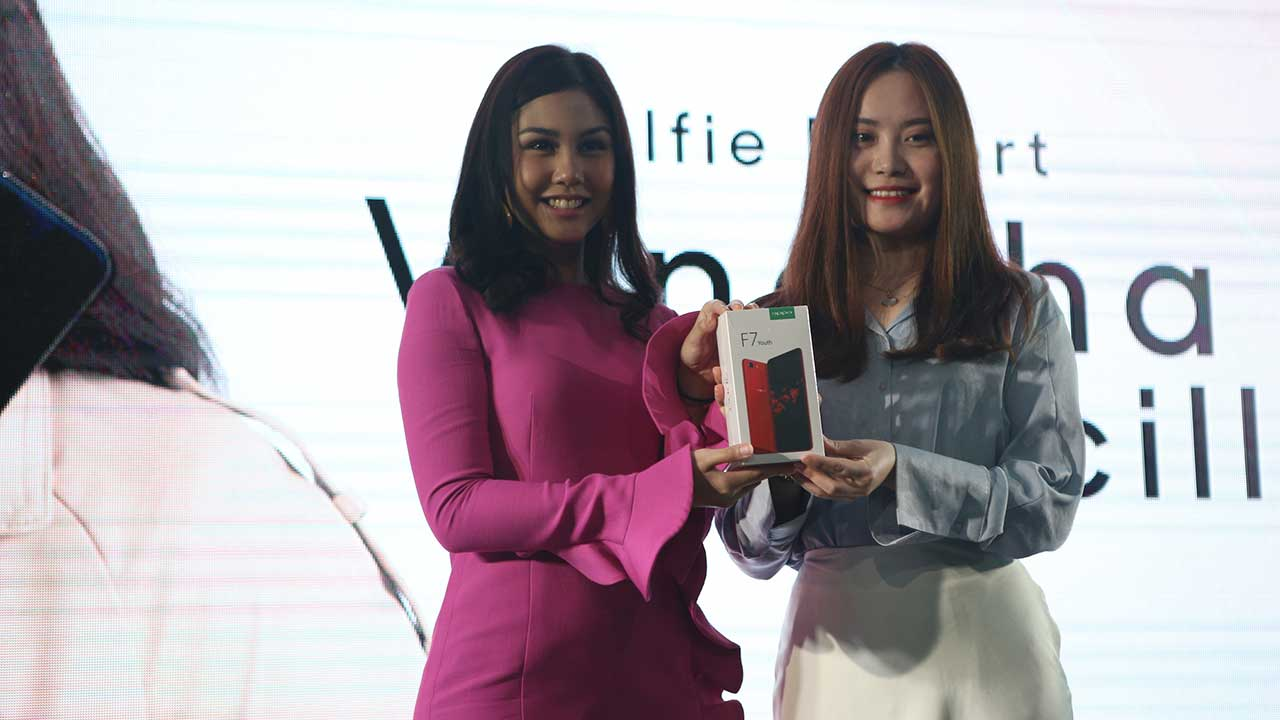 OPPO F7 Youth Limited Edition 2