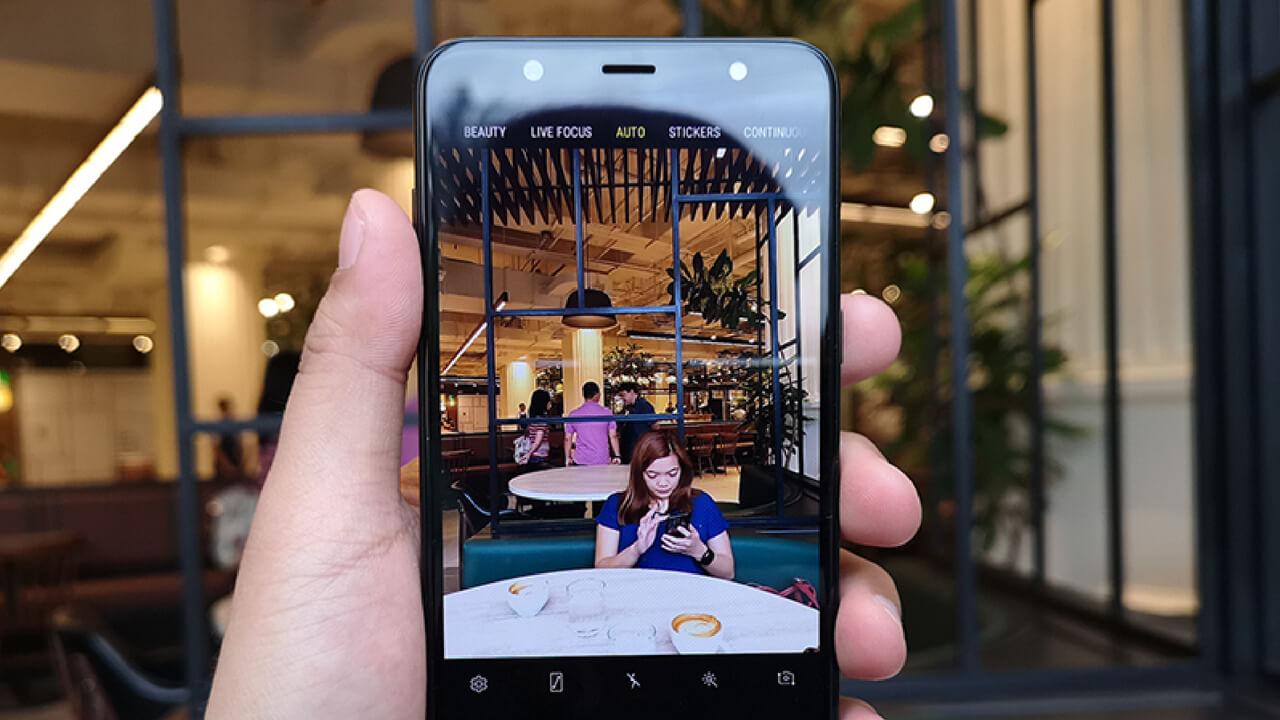 Samsung Galaxy J6 vs Samsung Galaxy J8 3
