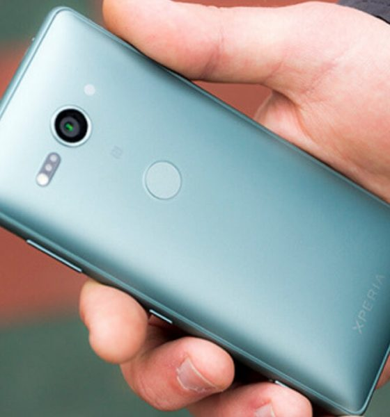 smartphone flagship compact 560x600