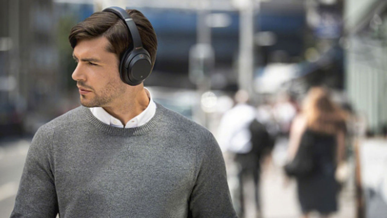 WH-1000XM3, Sony Headphones with the Latest Noise Canceling Technology