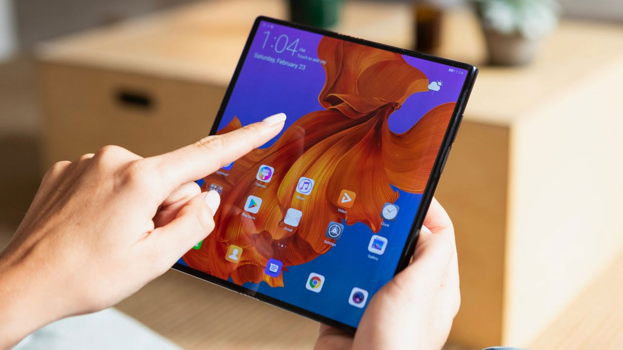 Huawei: Mate X is the Perfect Solution for Smartphone Foldable Screens