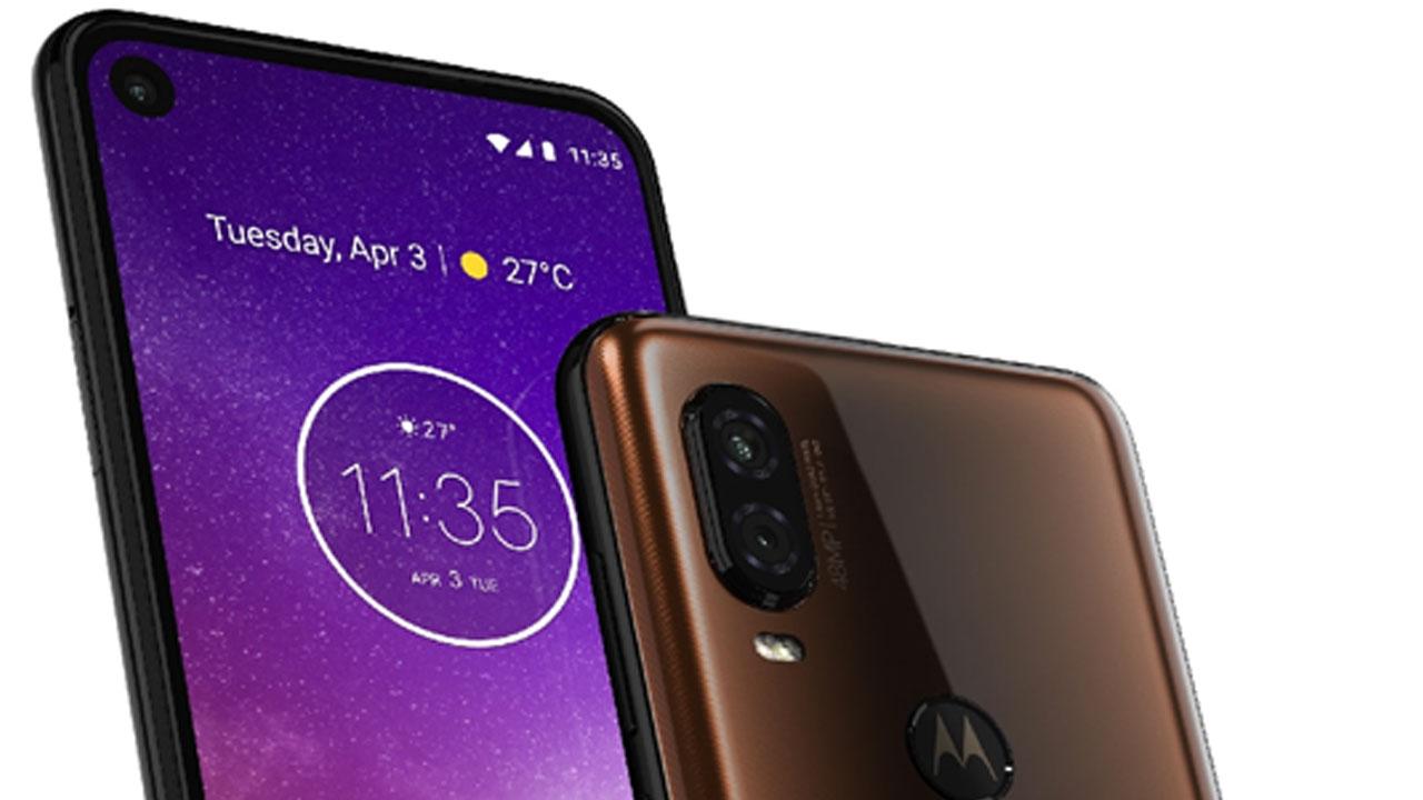 Motorola Trends Make Smartphones Compete